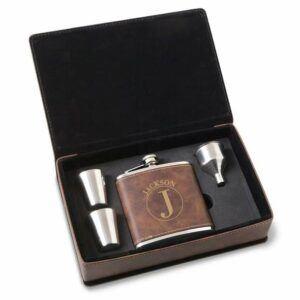 Gift Sets For Men: Flask Gift Set