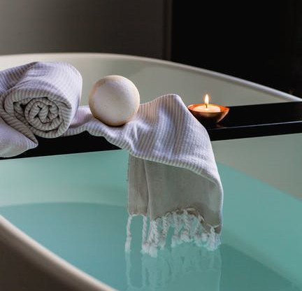 Home Spa Ideas: Spa Day Bath Time