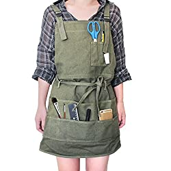 Apron with Pockets: Adjustable Neck Strap/Waist Ties