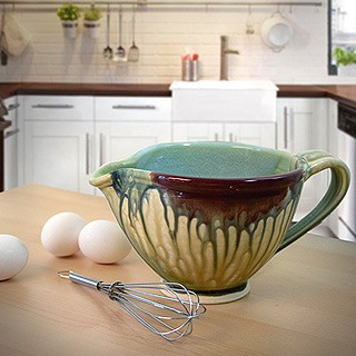 Stoneware Pottery 32-Oz Drip-Style Batter/Mixing Bowl