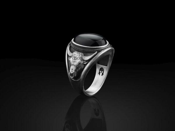 Taurus Bull Head Silver Signet Men's Ring