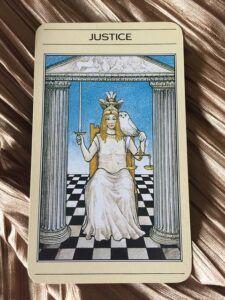 Libra Gifts: Tarot Card: Justice